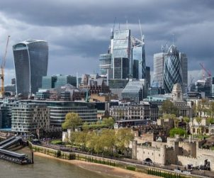 """London offices face 'hotspot' recovery as firms target """"one-stop commute"""" (GB)"""