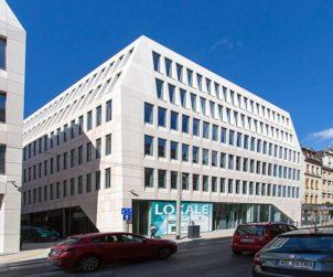 EUROPE Warburg-HIH to make entire portfolio carbon neutral