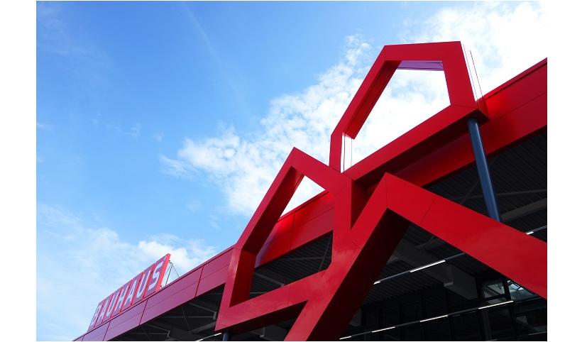 DIY chain Bauhaus opens at A1 retail park, Oftringen, Switzerland