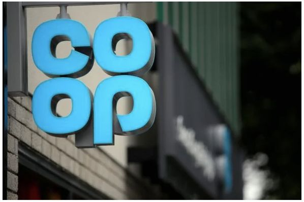 Co-op to create 1,000 jobs with store expansions worth €145m (GB)