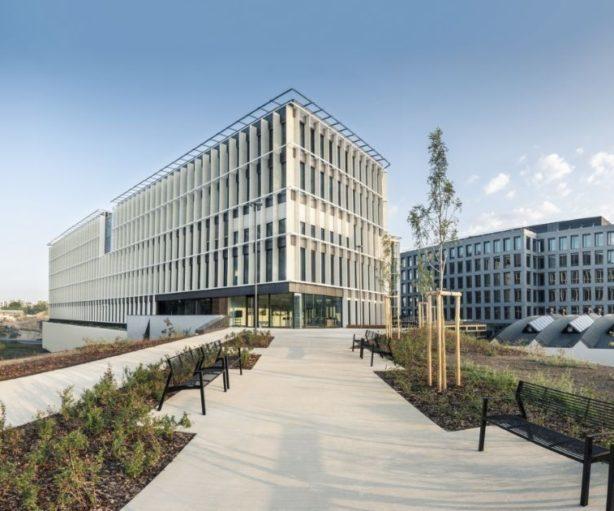CZECH REPUBLIC Savills takes on Immofinanz's Prague portfolio