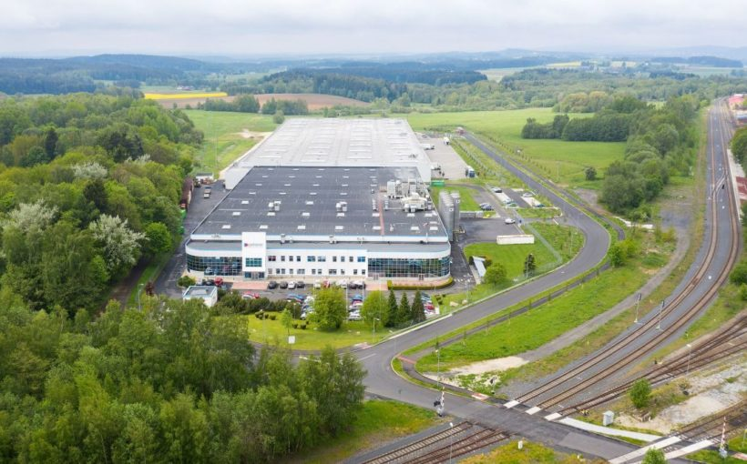 CZECH REPUBLIC Czech industrial stock approaches 9 mln sqm milestone
