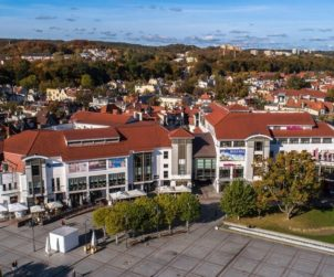 POLAND Greenstone entrusts C&W with three properties