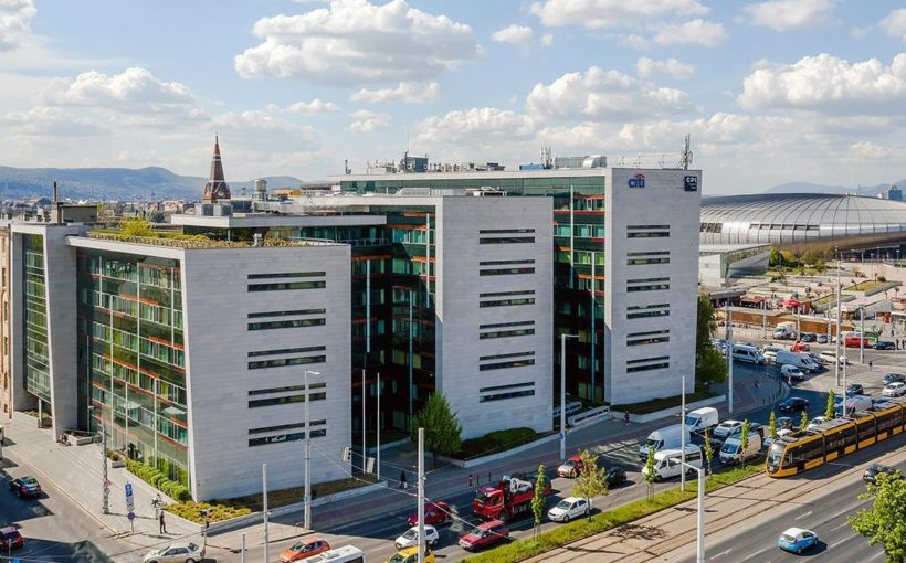 HUNGARY Vodafone sticks with Aréna Corner for regional centre