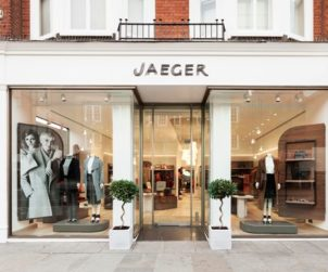 Peacocks and Jaeger collapse in administration, putting 4,700 jobs at risk (GB)