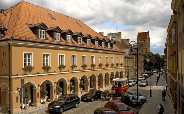 CENTRAL EUROPE Ott Ventures launches EUR 500 mln Central Europe hotel fund