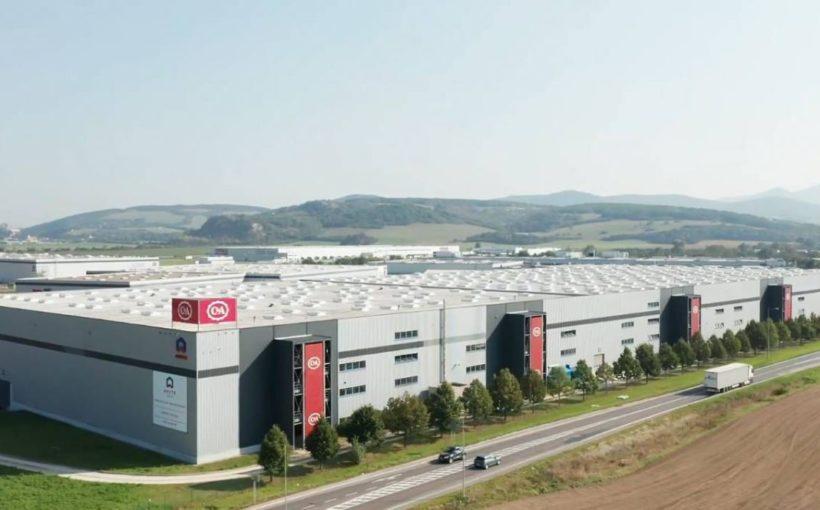 CEE REGION Cromwell buys EUR 113.2 mln Czech-Slovak portfolio