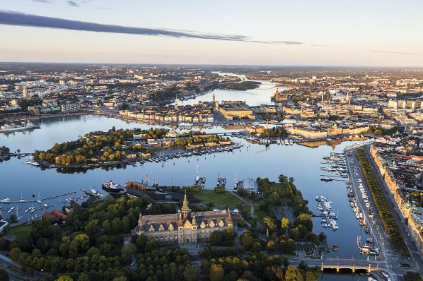 CapMan Real Estate invests in Stockholm mixed-use portfolio (SE)