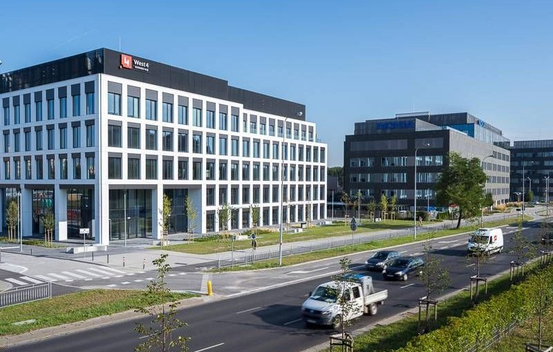 POLAND West 4 Business Hub up and running