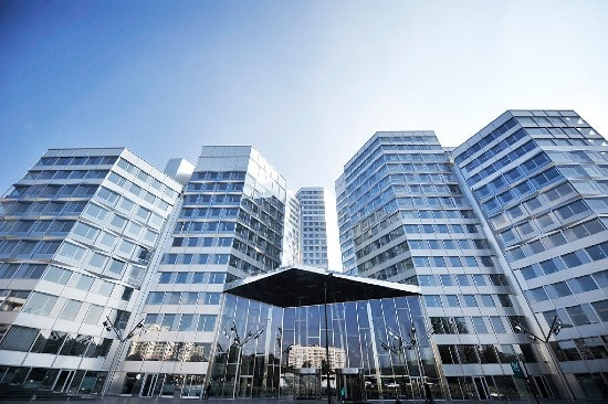 Allianz acquires two prime office buildings in Paris