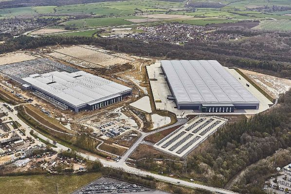 Arrow Capital Partners invests in Midlands Logistics Park (GB)