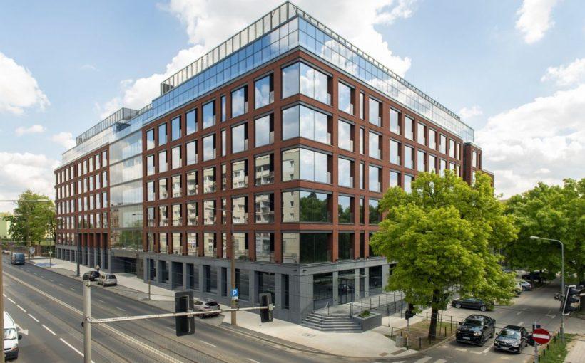 POLAND Vorwerk to work in Giant Office