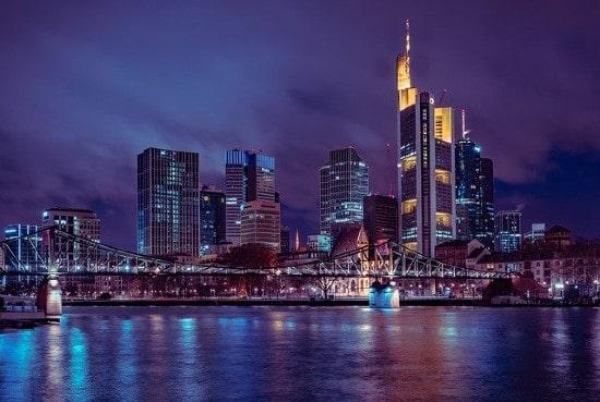 AllianceBernstein launches European commercial real estate debt business