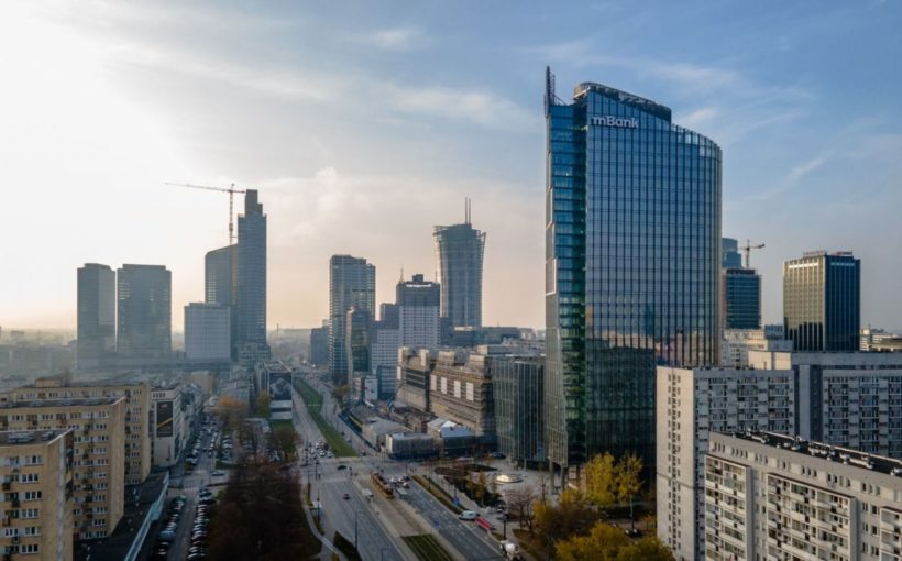 POLAND Mennica Legacy Tower sale called off as MBank moves in