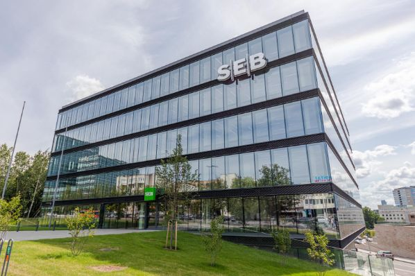 REInvest acquires SEB Bank headquarters in Vilnius (LT)