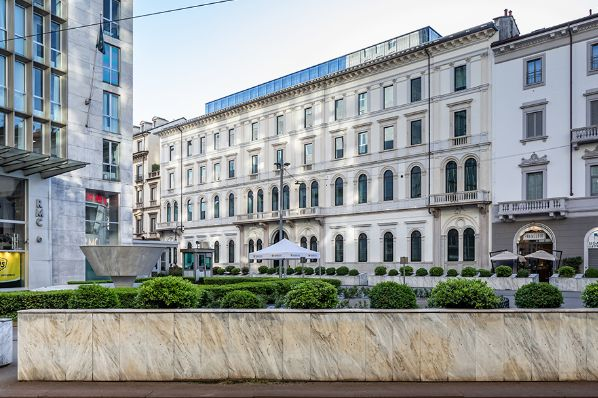 Kryalos SGR acquires two Milan office buildings for €137m (IT)