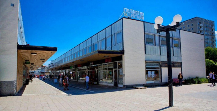 Citycon Divests Three Shopping Centres to Niam