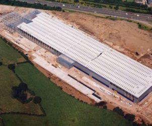 Aviva Investors acquires Sainsbury's distribution centre for €159.4m (GB)