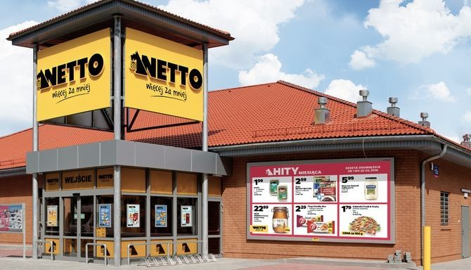 POLAND Netto seals Tesco Polska takeover deal