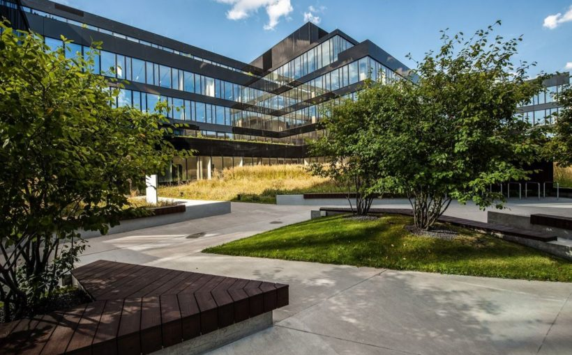 Poland Neopark sold to Amundi