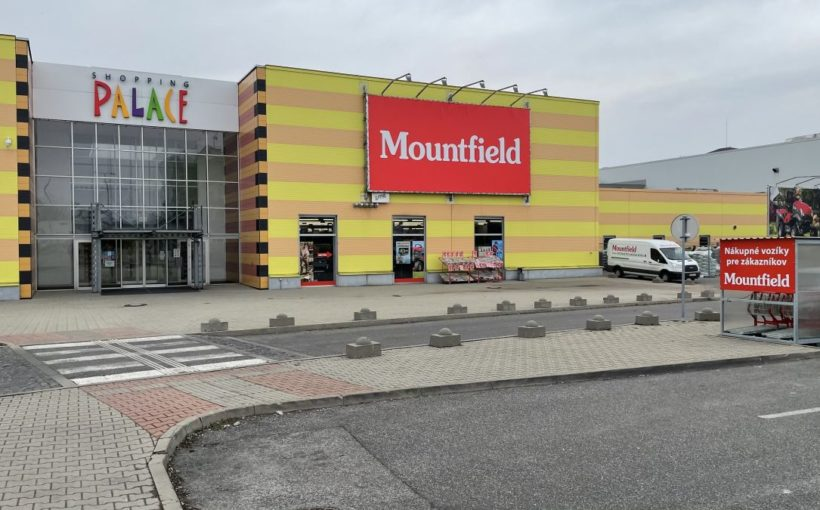 SLOVAKIA Mountfield opens in Shopping Palace