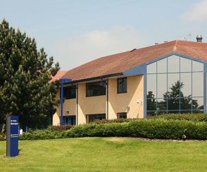 Hillview Real Estate acquires two regional offices for €21.1m (GB)