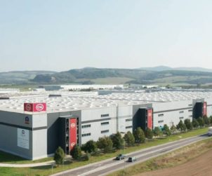 CZECH REPUBLIC CBRE to take charge of Cromwell warehouses