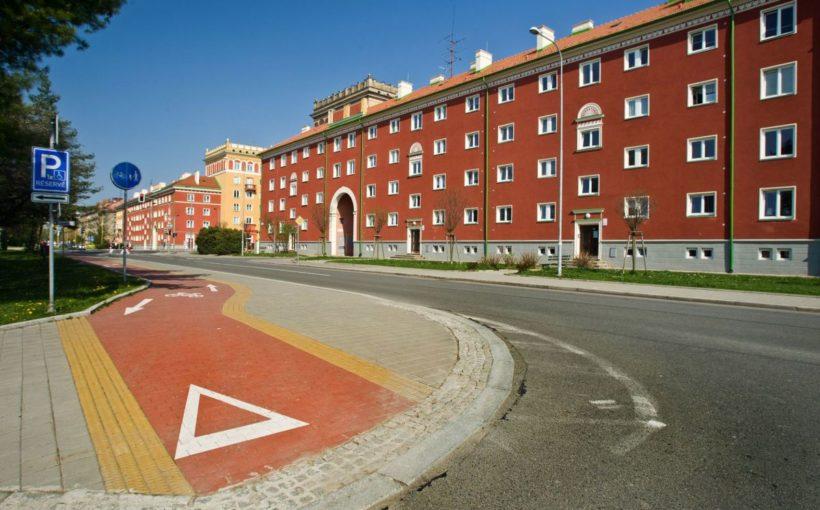 CZECH REPUBLIC Heimstaden to invest EUR 58 mln in Czech portfolio