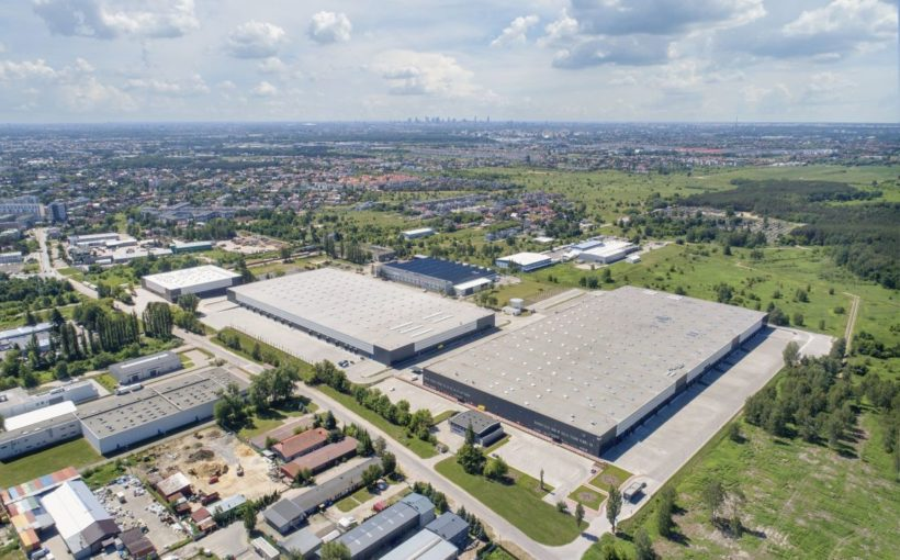POLAND BVK buys EUR 190 mln portfolio from Hillwood and 7R