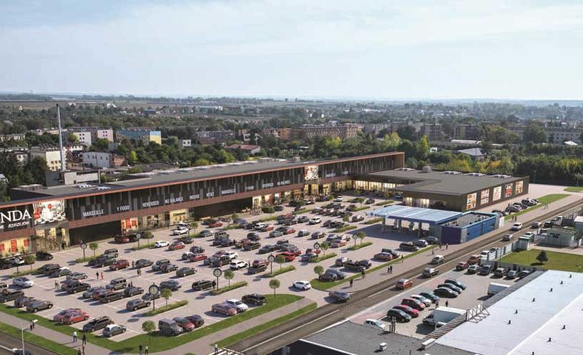 Mallson Polska acquires the EMPIK chain to C.H. Sekunda in Jędrzejów, Poland