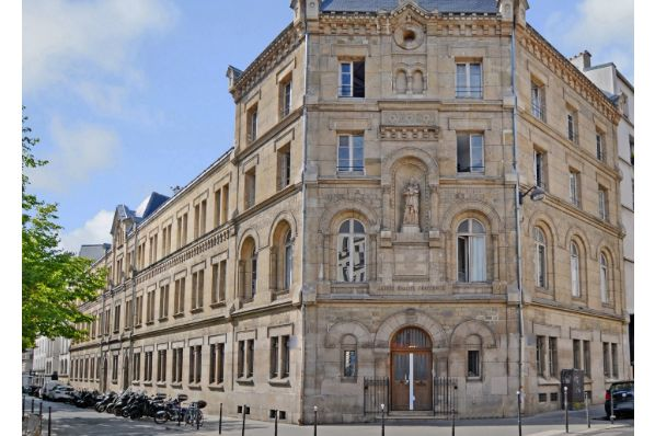 Barings acquires Paris office property (FR)