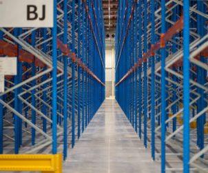 High warehouse takeup