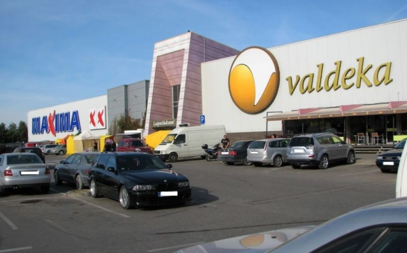 LATVIA Lords sells Jelgava mall