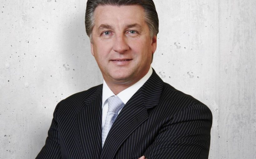 CENTRAL EUROPE Ronny Pecik resigns as Immofinanz CEO
